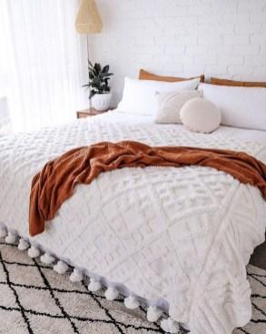 Cozy Bedroom Design Ideas To Make Your Sleep More Comfortable43