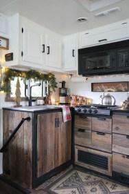 Elegant Airstream Decorating Ideas For Comfortable Holidays Trip05