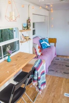 Elegant Airstream Decorating Ideas For Comfortable Holidays Trip08