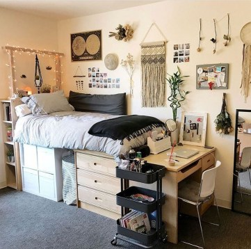 Fabulous Diy Bedroom Decoration For Tiny Rooms06