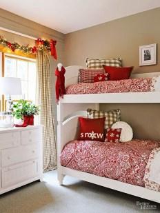 Impressive Christmas Bedding Ideas You Need To Copy21