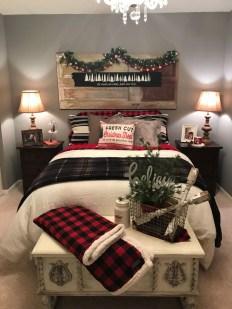 Impressive Christmas Bedding Ideas You Need To Copy22