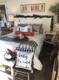 Impressive Christmas Bedding Ideas You Need To Copy32