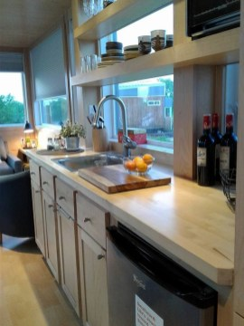 Impressive Minimalist Kitchen Design Ideas For Tiny Houses16