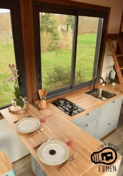 Impressive Minimalist Kitchen Design Ideas For Tiny Houses21