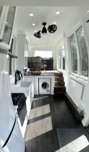 Impressive Minimalist Kitchen Design Ideas For Tiny Houses37