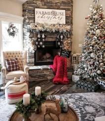 Marvelous Rustic Christmas Fireplace Mantel Decorating Ideas13