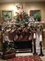 Marvelous Rustic Christmas Fireplace Mantel Decorating Ideas14