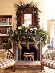 Marvelous Rustic Christmas Fireplace Mantel Decorating Ideas35