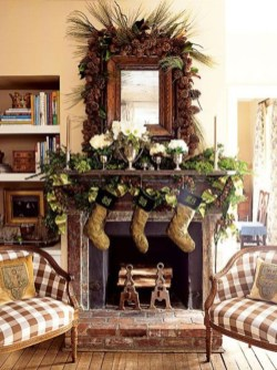 Marvelous Rustic Christmas Fireplace Mantel Decorating Ideas35