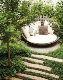 Minimalist Creative Garden Ideas To Enhance Your Small House Beautiful05