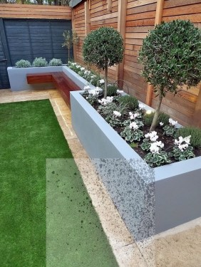 Minimalist Creative Garden Ideas To Enhance Your Small House Beautiful16