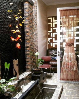 Minimalist Creative Garden Ideas To Enhance Your Small House Beautiful26