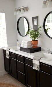 Tricks You Need To Know When Organizing A Simple Bathroom10