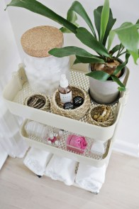 Tricks You Need To Know When Organizing A Simple Bathroom28