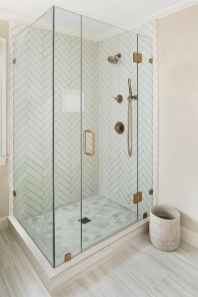 Amazing Small Glass Shower Design Ideas For Relaxing Space08