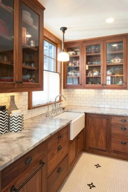 Awesome Farmhouse Kitchen Cabinet Design Ideas You Should Know That06
