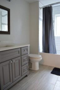 Best Gray And White Bathroom Ideas For14