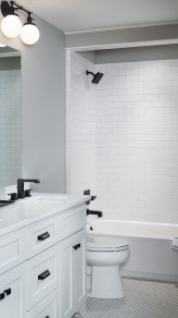Best Gray And White Bathroom Ideas For22