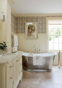 Charming French Country Bathroom Design And Decor Ideas On A Budget40