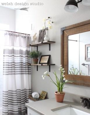 Industrial Bathroom Shelves Design Ideas35