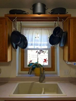 Lovely Kitchen Rack Design Ideas For Smart Mother16