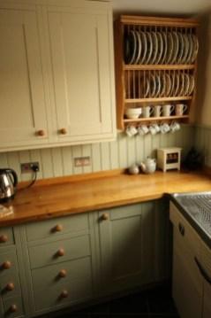 Lovely Kitchen Rack Design Ideas For Smart Mother25