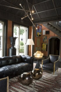 Luxury Black Leather Living Room Sofa Ideas For Comfortable Living Room04