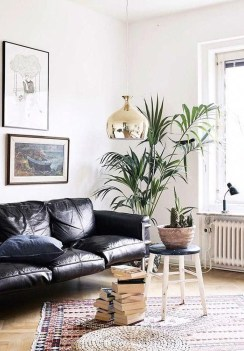 Luxury Black Leather Living Room Sofa Ideas For Comfortable Living Room26