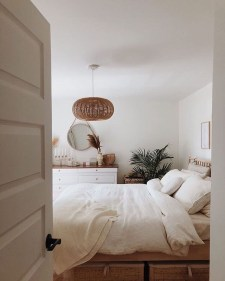 Make Your Bedroom Cozy With Neutral Bedroom Decorations19