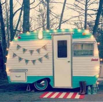 Unique Vintage Camper Exterior Ideas For More Impression11