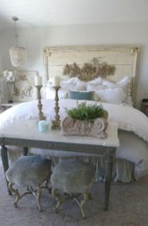 Vintage Nist Bedroom Decoration Ideas That Look More Beautiful03