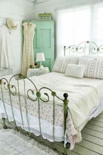 Vintage Nist Bedroom Decoration Ideas That Look More Beautiful47