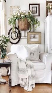 Wonderful Farmhouse Decor Ideas With Beautiful Greenery03