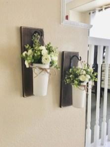 Wonderful Farmhouse Decor Ideas With Beautiful Greenery23