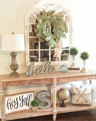 Wonderful Farmhouse Decor Ideas With Beautiful Greenery26