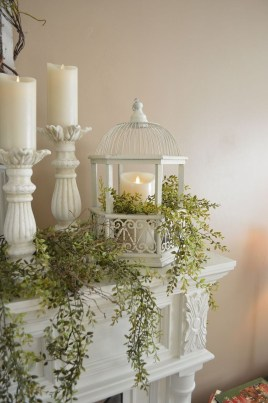 Wonderful Farmhouse Decor Ideas With Beautiful Greenery27