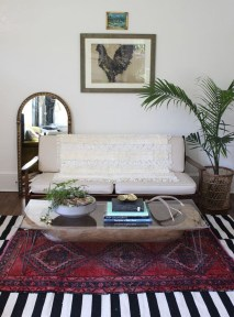 Wonderful Living Room Rug Layering Combination For Sweet Home30
