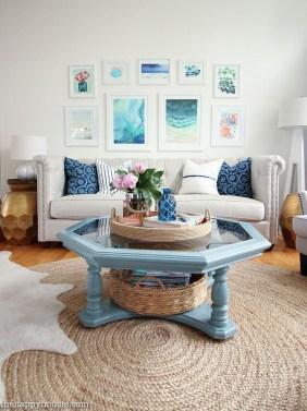 Attractive Lake House Living Room Decor Ideas06