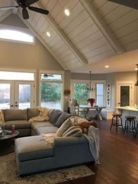 Attractive Lake House Living Room Decor Ideas16