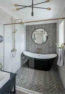Captivating Small Master Bathroom Ideas04