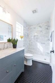 Captivating Small Master Bathroom Ideas05