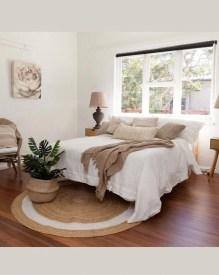 Comfy Master Bedroom Design Ideas17
