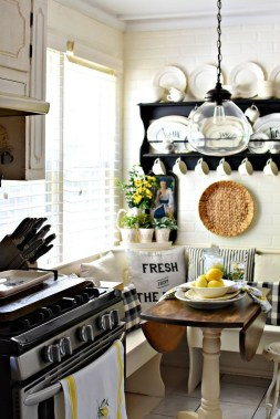 Cool French Country Kitchen Decorating Ideas09