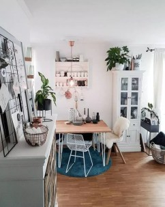 Cool Rental Apartment Decorating Ideas On A Budget28