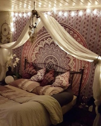 Cozy Diy Bohemian Bedroom Decor Ideas06