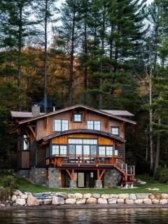 Creative Lake House Exterior Designs Ideas01