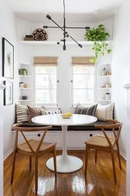Elegant Small Dining Room Decorating Ideas34