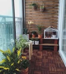 Enjoying Summer Balcony Decor Ideas30