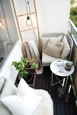 Enjoying Summer Balcony Decor Ideas42